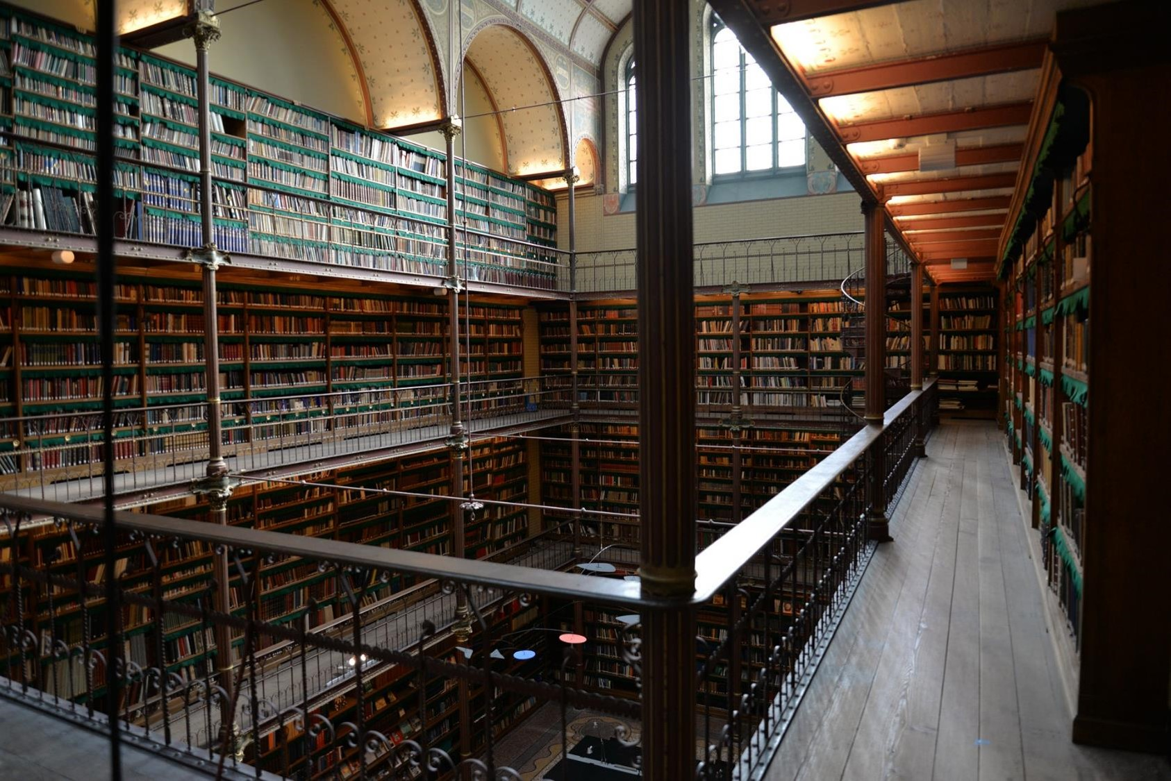 library-705464_1920_web